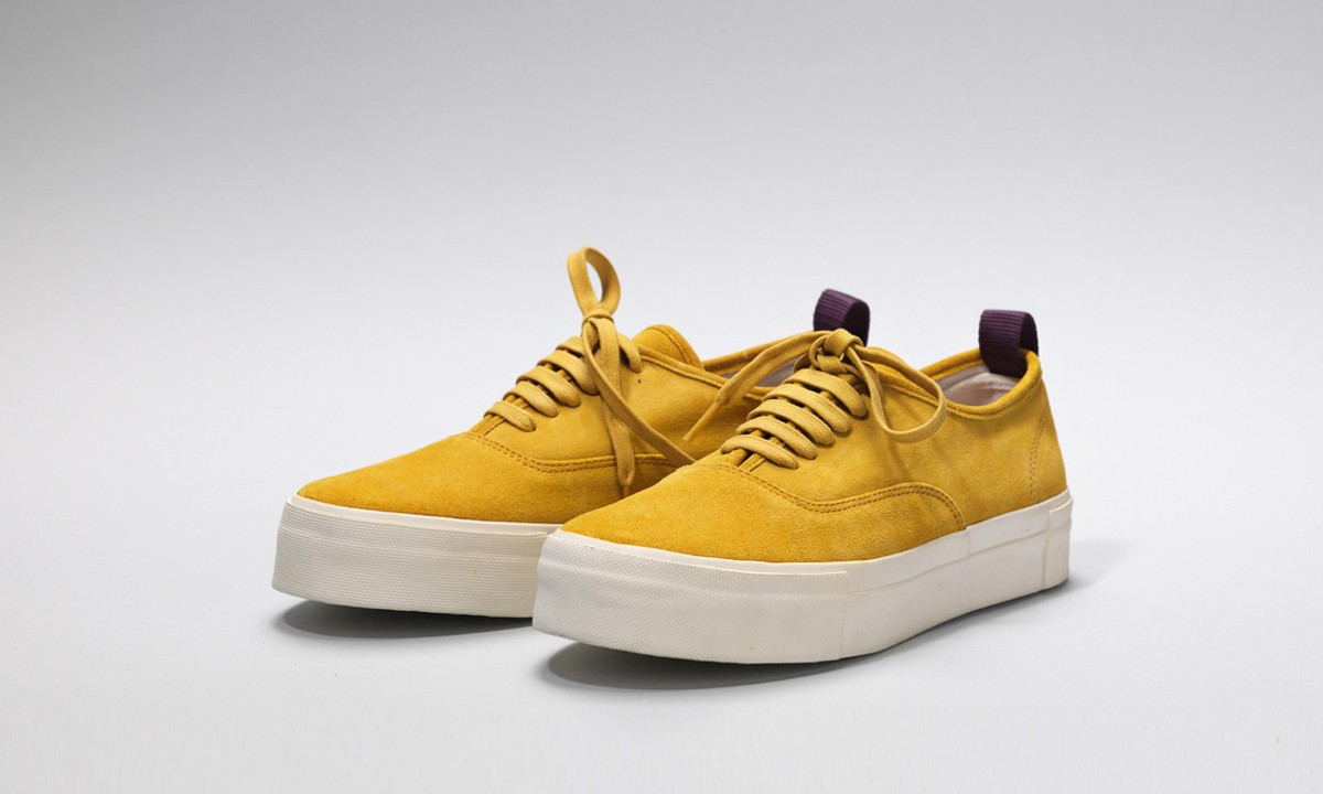 EYTYS_Suede_yellow01_02_ext-1200×720